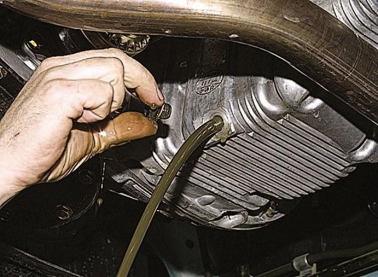 Как заменить масло в двигателе Дэу Нексия своими руками?