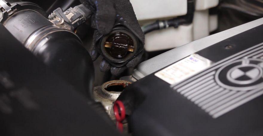 Замена масляного фильтра на БМВ X5 E53