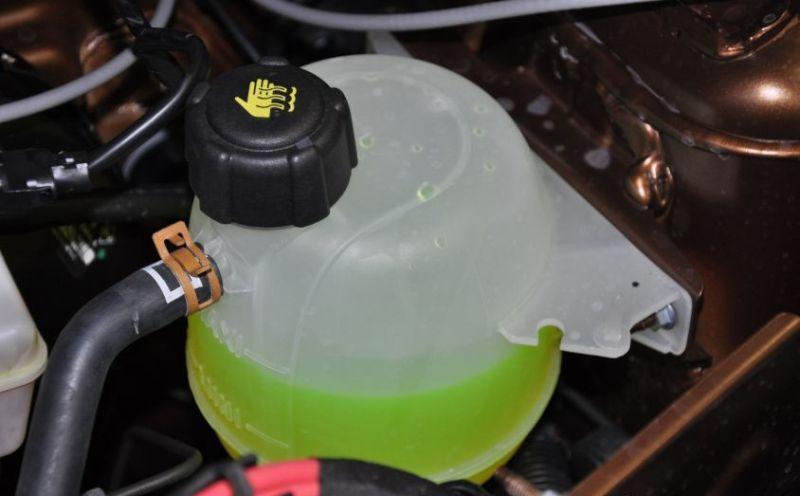 Замена охлаждающей жидкости на ВАЗ 2114