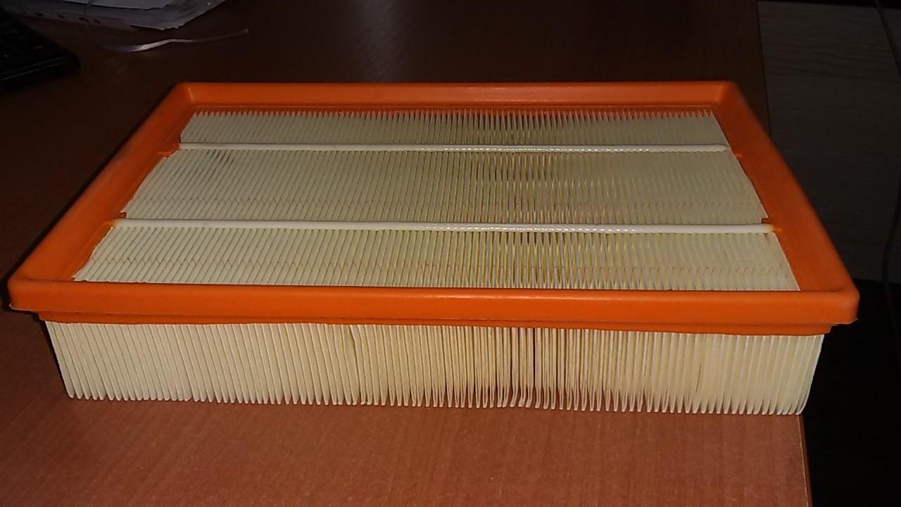Замена воздушного фильтра на Ниссане Примера Р12